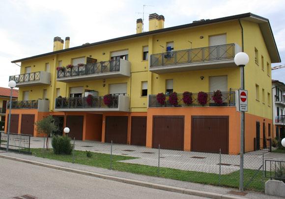 Cotignola (RA), località Barbiano, Via Fermi