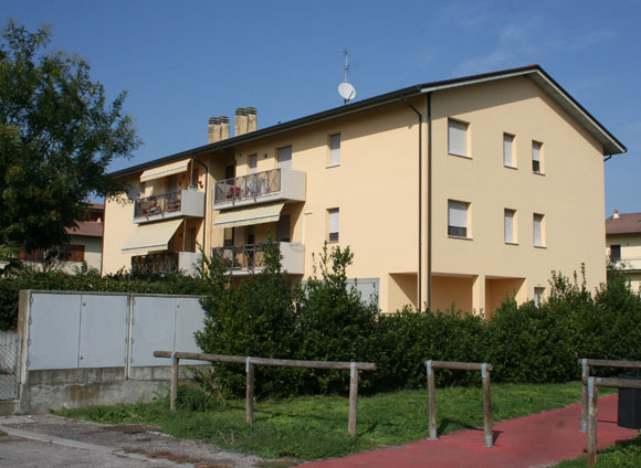 Porto Fuori (RA), Via Magrini